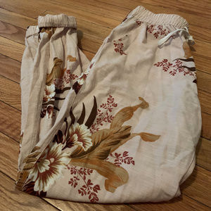 Urban Outfitters Ivory/Tan Floral Joggers
